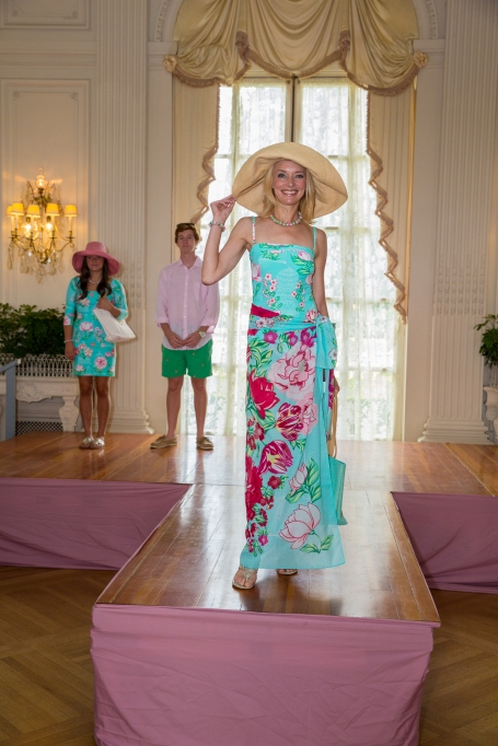 Carolyn Van Petten wearing Manuel Canovas Paris Swimwear and an Onigo hat.