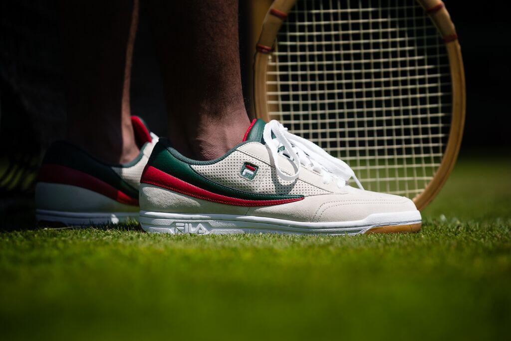 Sneakers newport ri
